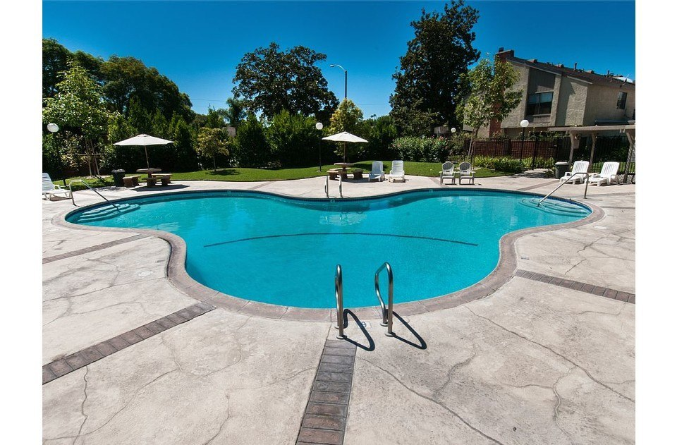 Enjoy our Mickey shaped community pool and our hot tub for some fun in the sun!