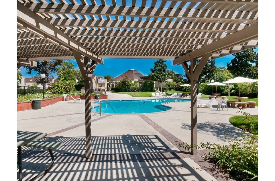 Mickey shaped pool with hot tub, outdoor seating and BBQs.  Enjoy our SoCal sun!