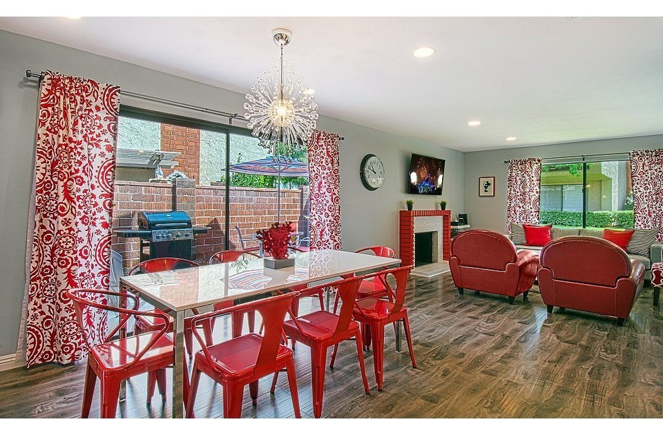 Roomy open floor plan, brand new flooring and lighting and modern decor!